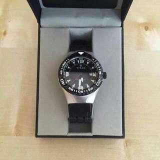 BN Titan Watch