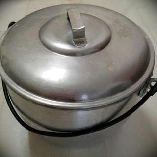 Big Pot.(14 Inch Diameter)