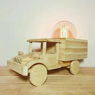 🚚 手作松木大卡車造型燈 (含愛迪生燈泡)