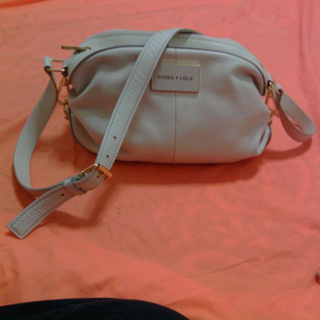 1e77caaa7a7 Leather Cream Pillow Bimba Y lola bag, Luxury on Carousell