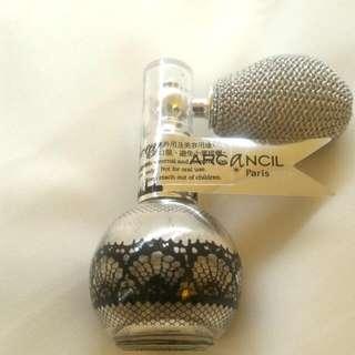 Arcancil巴黎光芒香體閃粉 (閃銀)Parisian Spray 重量:3.5g