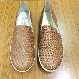 ‼️️出清 免運 復古編織風皮革氣墊休閒鞋 平底鞋