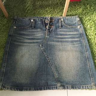 LK Jeans兩釦刷白牛仔短裙