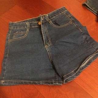 牛仔短褲(深藍)