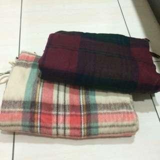 格紋厚圍巾