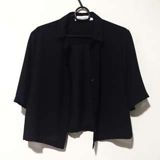 Editor's Market Cropped Collar Shirt With Mid-length Sleeves (Black)