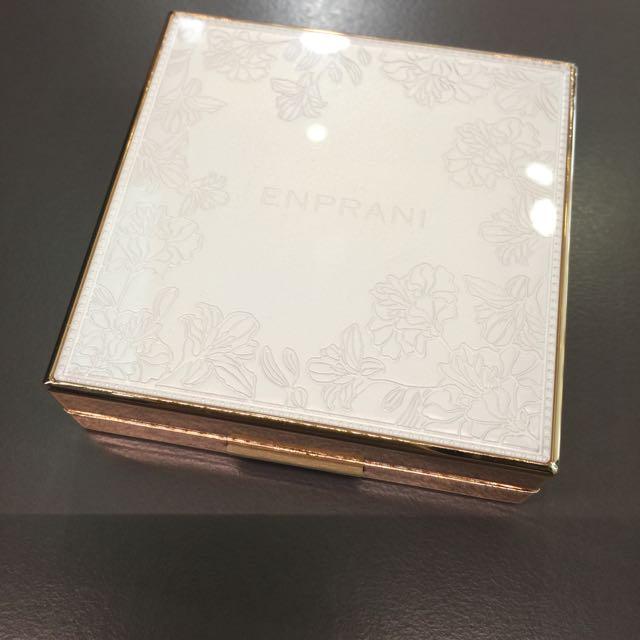 Enprani完美花漾保濕粉餅(盒裝) 21色號