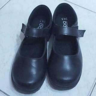 【全新】可議 娃娃鞋 皮鞋 cosplay 黑色 高跟鞋 學生 制服 舒適 氣墊 透氣 防滑 Arriba