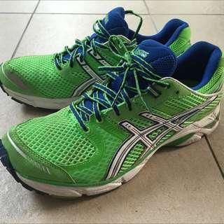 Asics Running shoe DS Trainer
