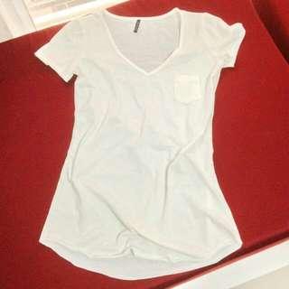 二手白色短袖口袋T恤
