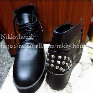二手鞋 粗跟鞋 卯釘鞋 龐克鞋 黑色鞋