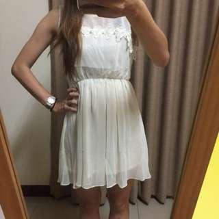 全新米白色雪紡短裙