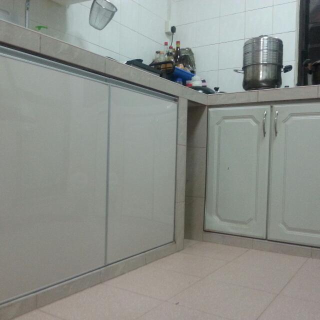 aluminium kitchen sink cabinet door kitchen  u0026 appliances on carousell  rh   sg carousell com