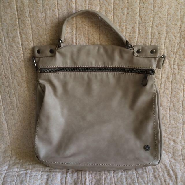 Esprit Sling Bag