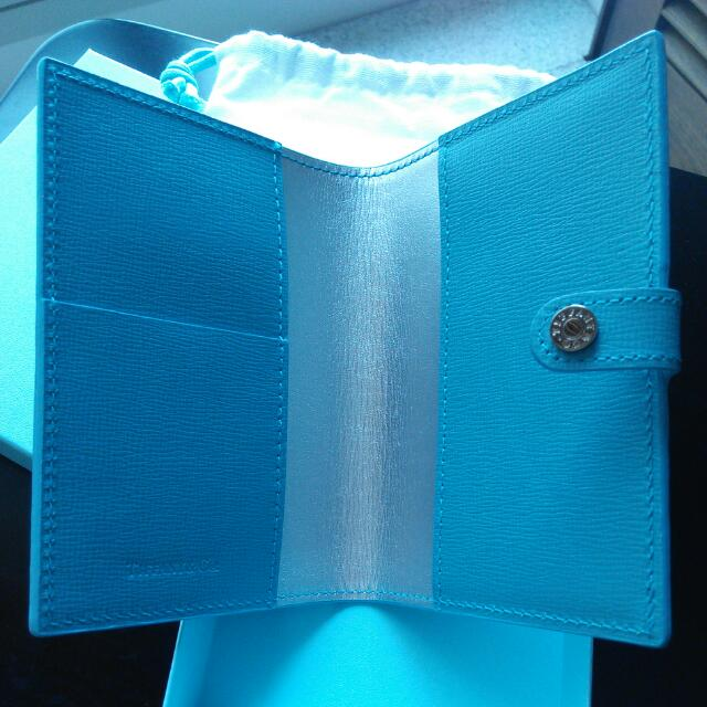 1f5bdf14eb1ec Tiffany & Co Passport Holder, Luxury on Carousell