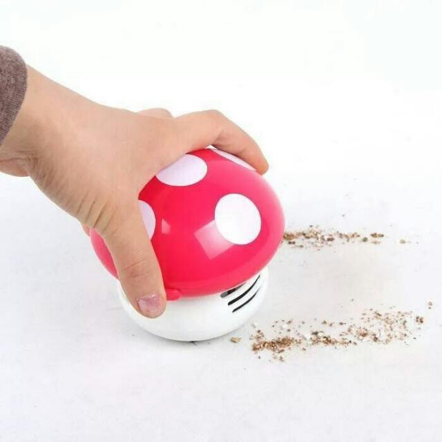 0928-12  蘑菇桌面吸塵器