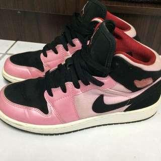 Nike Jordan 1代 情人節 6Y 24號