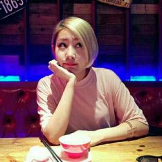 港風小高領粉嫩色短袖t