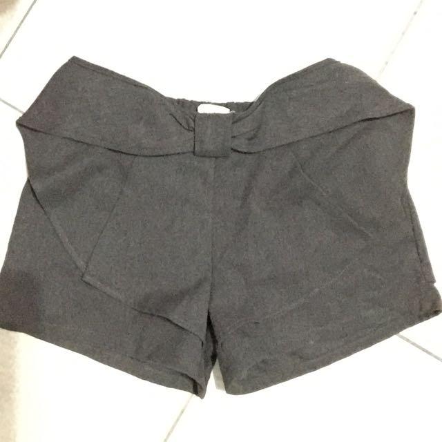 全新灰色挺版短褲