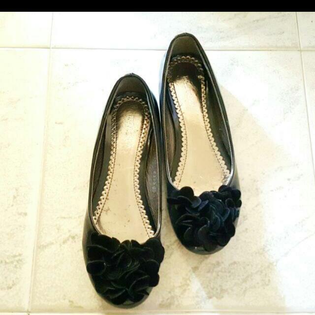 PL flat shoe