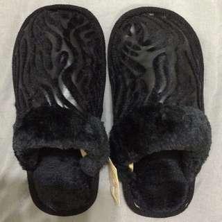 毛毛室內拖鞋