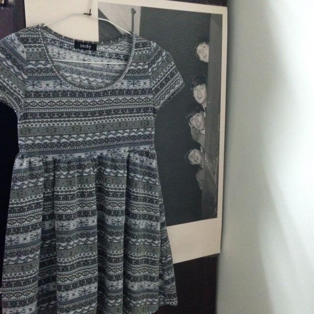 灰色民族風洋裝😆