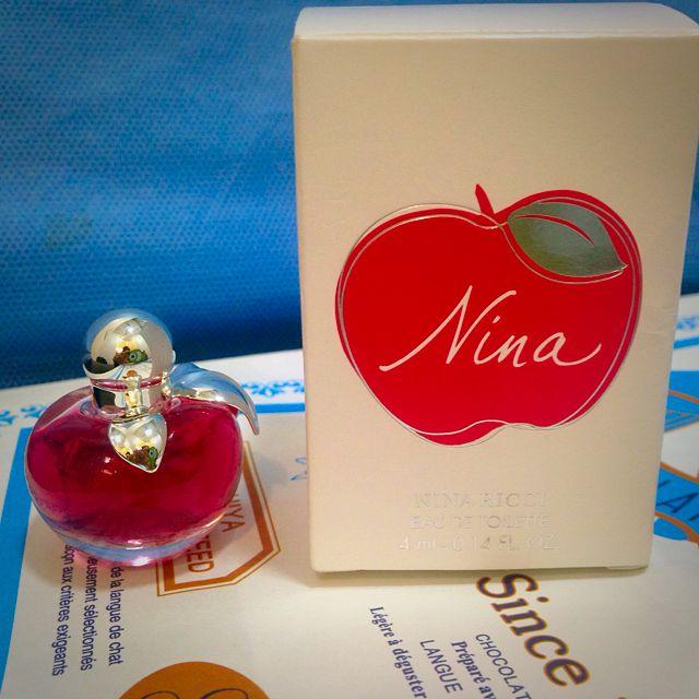 NINA RICCI 蘋果 小香水 (200元含運)