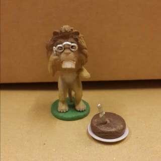 忘了名字 簡稱老獅子 切蛋糕吧