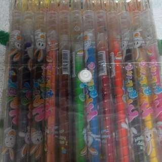 九成新旋轉色鉛筆
