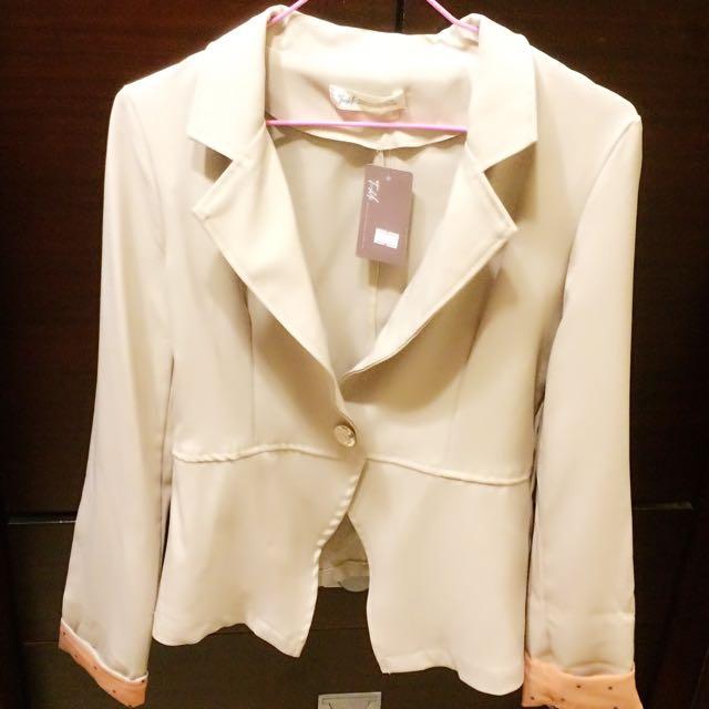 圓點反折袖西裝外套