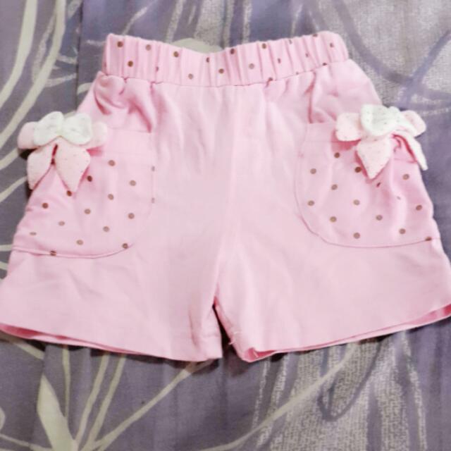 粉紅小短褲