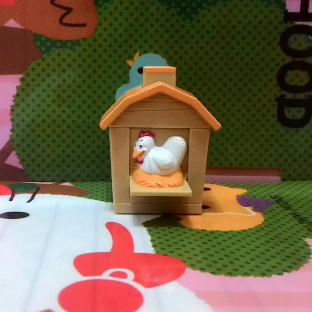 漢堡王玩具~小雞屋