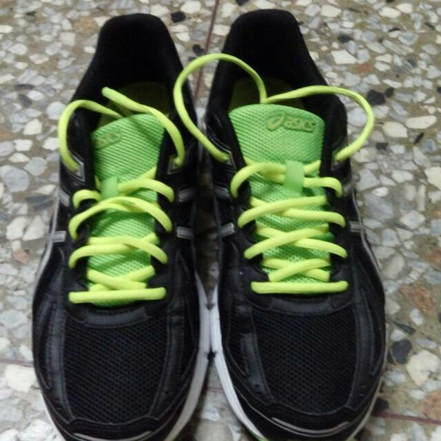 Asics鞋子運動鞋