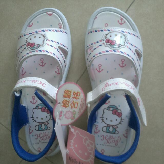 全新Hello Kitty涼鞋22號