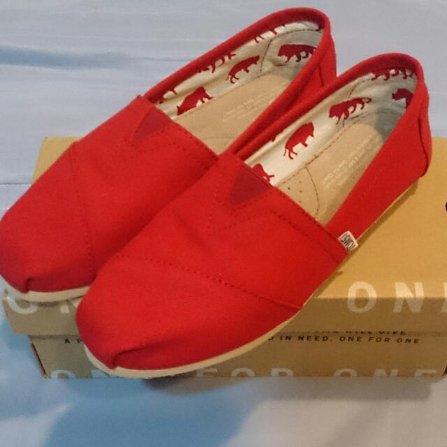 TOMS 紅色經典款 女鞋