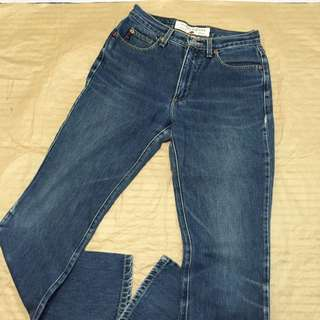 GUESS 墨西哥製 小喇叭牛仔褲