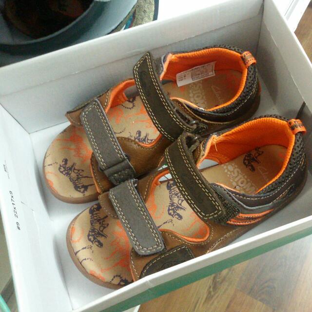 fe945bcecf1 99% New Clarks Dinosaur Sandals