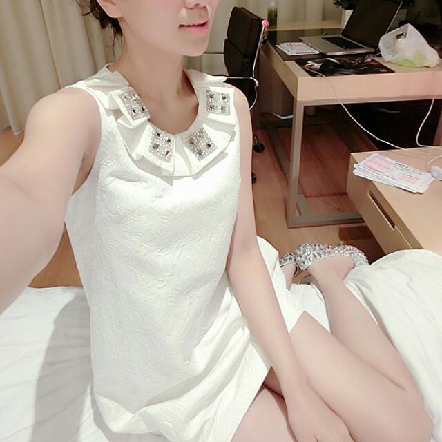 韓國蝴蝶緹花亮鑽洋裝(白色)