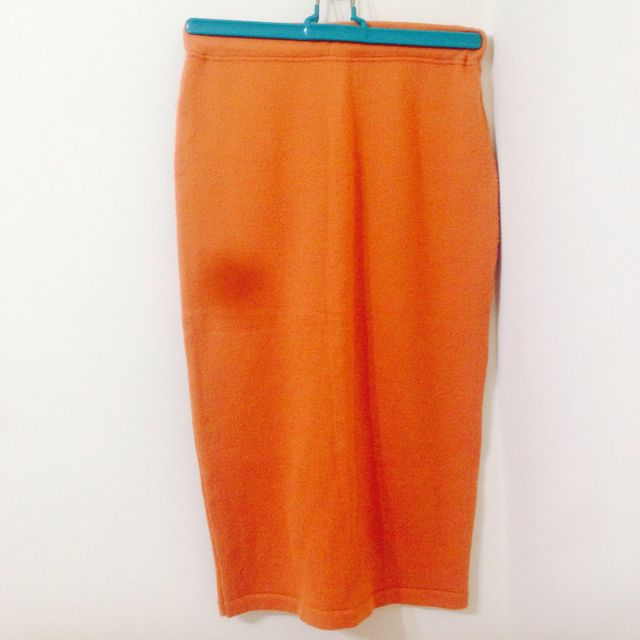 橘色厚窄裙