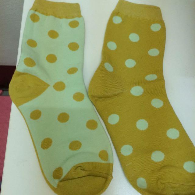 (含運💕)黃色水玉點點襪🙌🐾