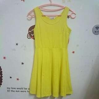 黃色 傘狀背心裙