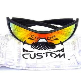Oakley 太陽眼鏡