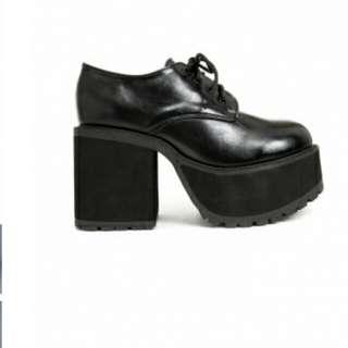 徵收  Vii厚底鞋