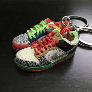 Nike SB What The Dunk 1/6 Scale Shoes Keychains