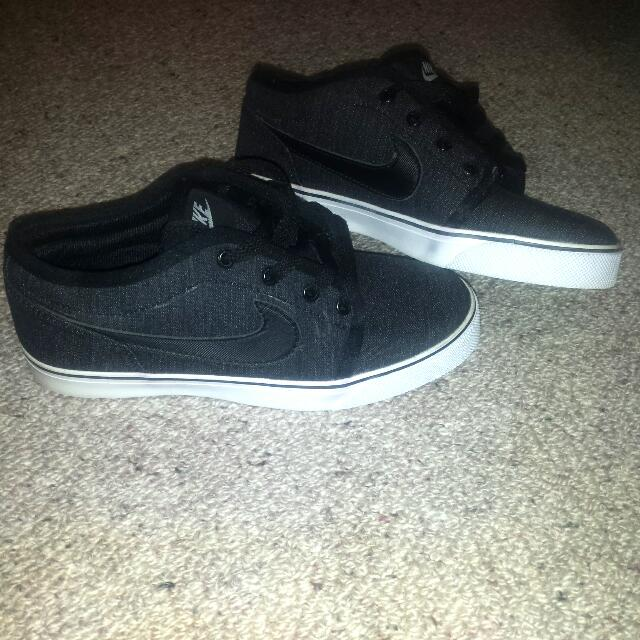 Brand New Nike Skate Shoes, Size US 39, Charcoal Colour