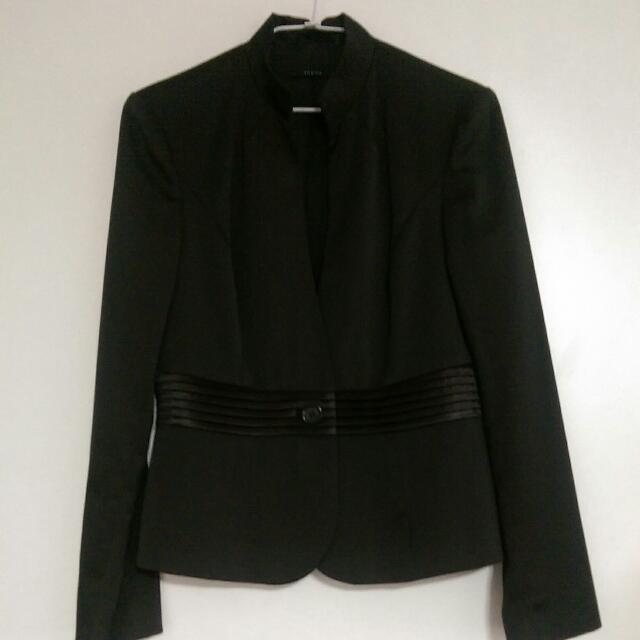 Theme 黑色套裝