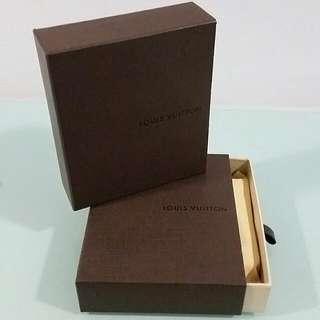 Lv Wallet Box