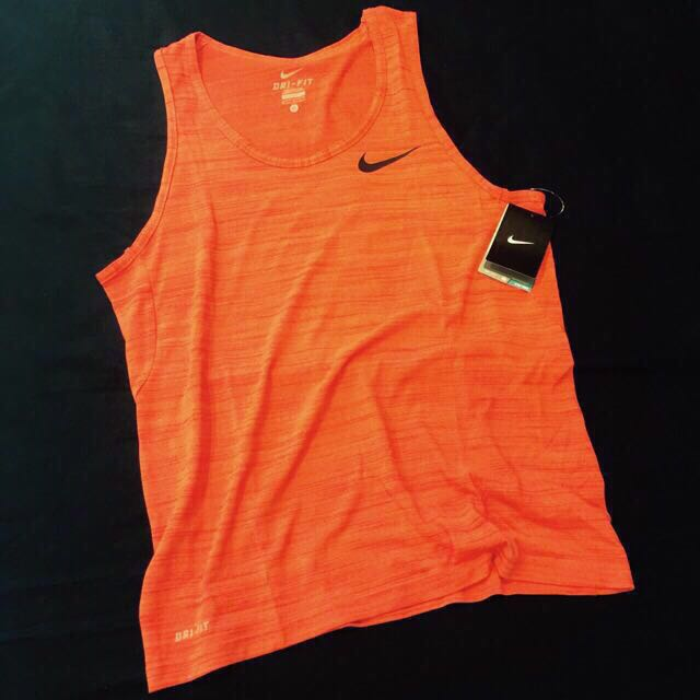 6折 Nike Dri Fit 背心