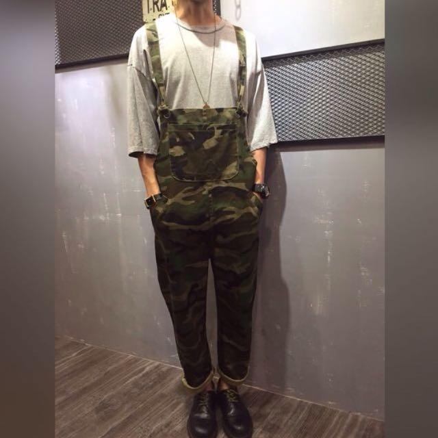 9/24 趣味迷彩吊帶褲(現貨一件/預)