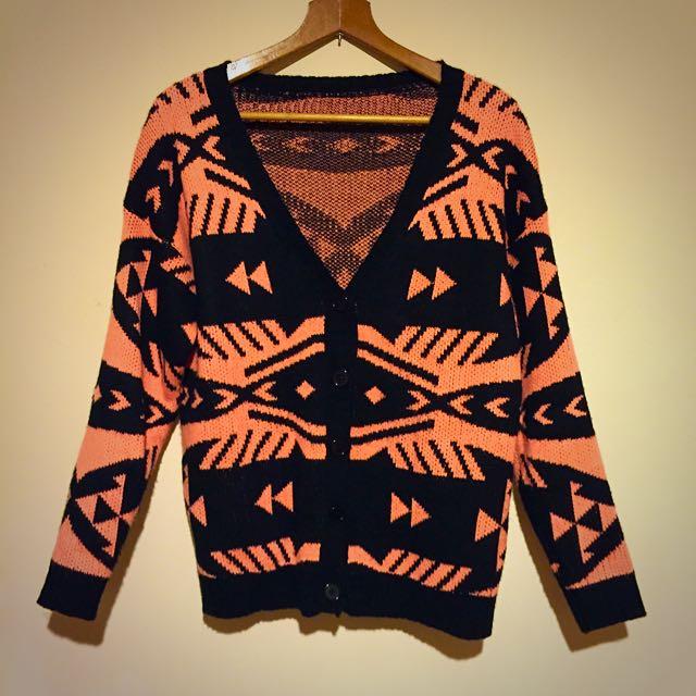 (二手)幾何螢光粉毛衣外套